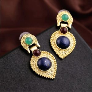 Magnificent earrings